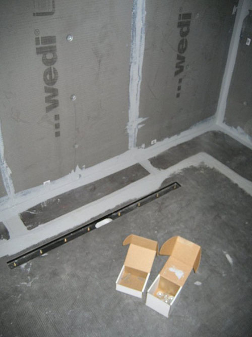 Wedi Riolito shower base installed, Wedi Shower Systems Cement backerboard