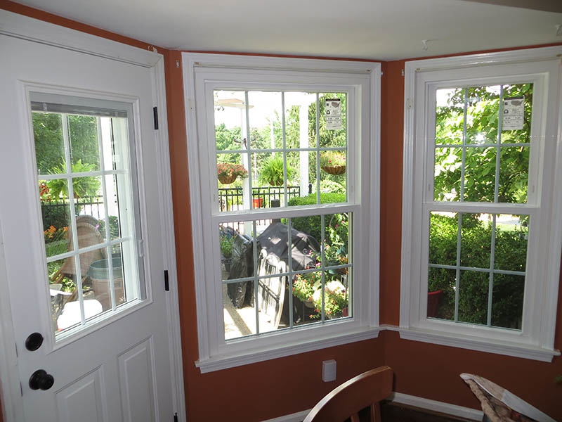 Replacement double hung windows in st louis affordable for Double hung replacement windows reviews